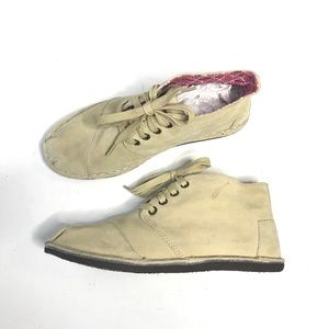 Tom's Chukka Desert Boots Lace Up Suede Ankle